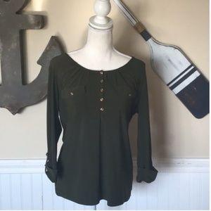 Dressbarn Green 3/4 Sleeve top Size Medium